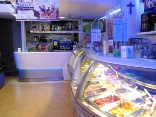 bella-blu-gelateria
